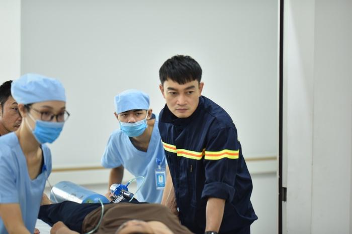 """Diễn viên Trương Minh Quốc Thái trong vai Minh của phim """"Lửa ấm"""" - Ảnh: VFC"""