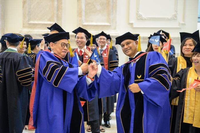 Đại học VinUni chính thức khai giảng năm học đầu tiên  - Ảnh 1.
