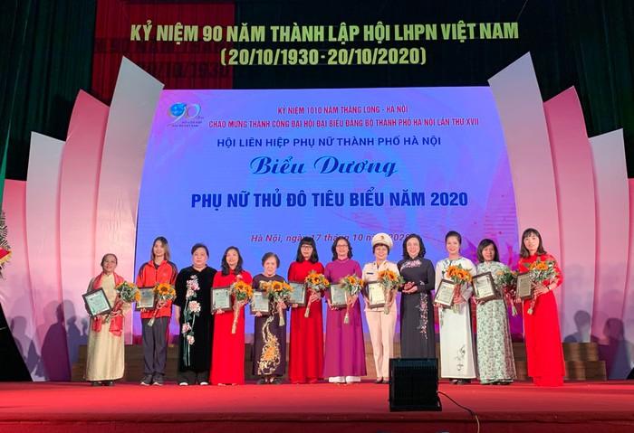 Vinh danh 10 phụ nữ Thủ đô tiêu biểu năm 2020 - Ảnh 1.