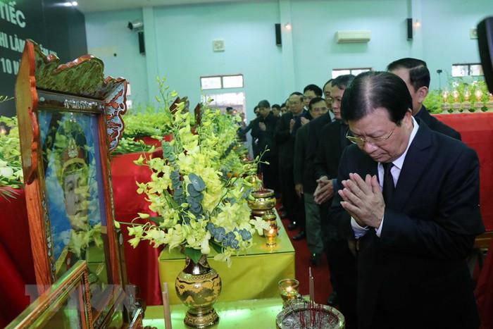 Lễ tang 13 đồng chí hy sinh ở khu vực Thủy điện Rào Trăng 3 - Ảnh 2.