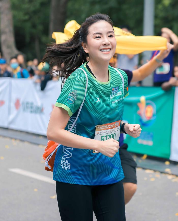 MC Mai Ngọc chạy thi cùng Xuân Nghị, Thanh Sơn - Ảnh 1.