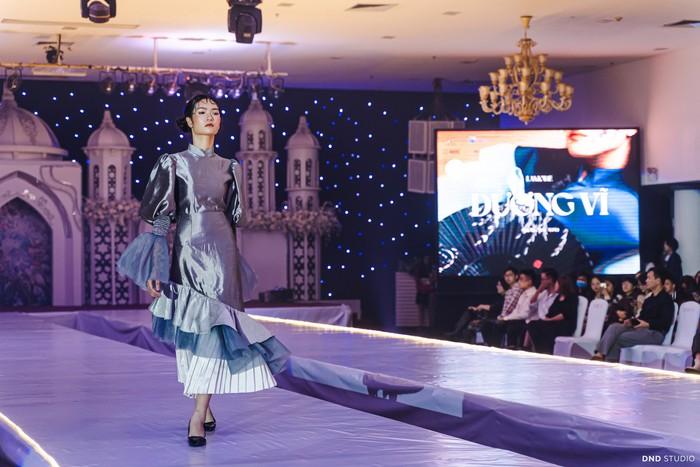 """""""Dương Vĩ"""" - Những thiết kế thời trang độc đáo của học sinh Hà thành - Ảnh 3."""