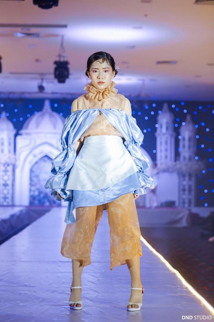 """""""Dương Vĩ"""" - Những thiết kế thời trang độc đáo của học sinh Hà thành - Ảnh 1."""