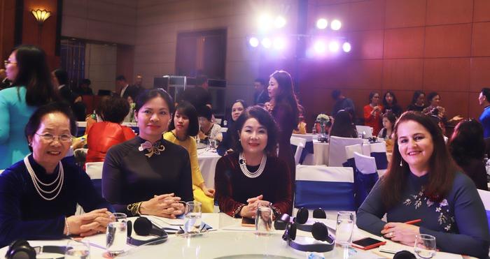 Doanh nhân nữ góp phần xây dựng nền kinh tế thịnh vượng và bền vững  - Ảnh 1.