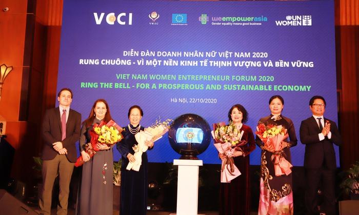 Doanh nhân nữ góp phần xây dựng nền kinh tế thịnh vượng và bền vững  - Ảnh 4.