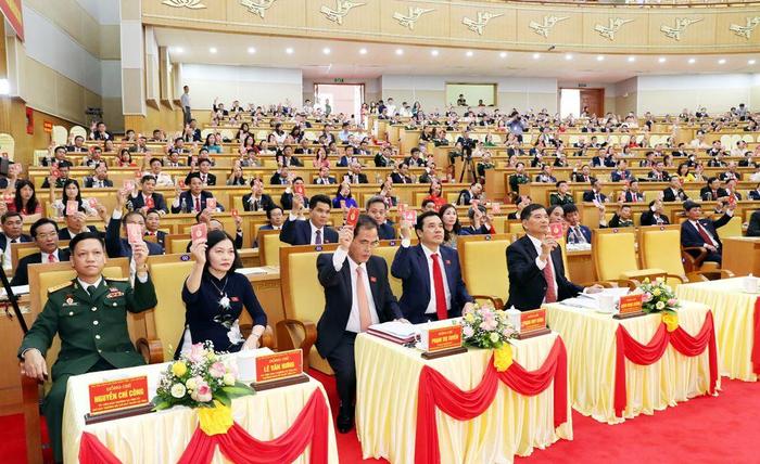Từ một tỉnh có thu nhập thấp nhất cả nước, Hưng Yên  vươn lên thành phố tự chủ thu chi  - Ảnh 1.