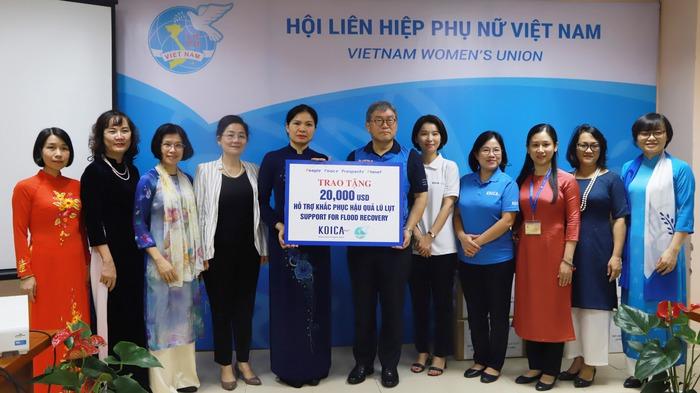 Hội LHPN Việt Nam tiếp nhận 20.000 USD hỗ trợ khắc phục hậu quả lũ lụt từ Văn phòng KOICA Việt Nam - Ảnh 3.