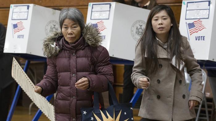 Tầm ảnh hưởng của người Mỹ gốc Á ngày càng lớn đối với bầu cử Tổng thống Hoa Kỳ - Ảnh 1.