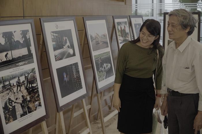 Hội Nhà báo Việt Nam khai mạc trưng bày hàng nghìn ấn phẩm báo chí tiêu biểu và triển lãm ảnh - Ảnh 14.