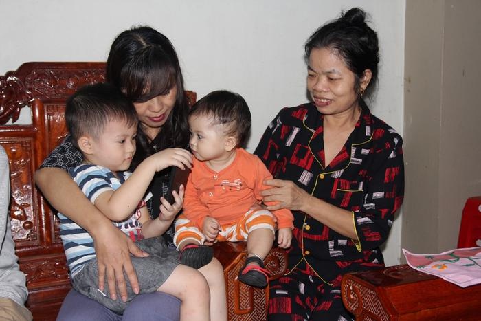 Lãnh đạo Hội LHPN Việt Nam thăm hỏi thân nhân liệt sĩ ở Nghệ An hy sinh khi tham gia cứu nạn - Ảnh 7.
