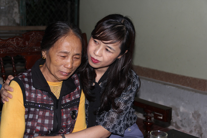 Lãnh đạo Hội LHPN Việt Nam thăm hỏi thân nhân liệt sĩ ở Nghệ An hy sinh khi tham gia cứu nạn - Ảnh 6.