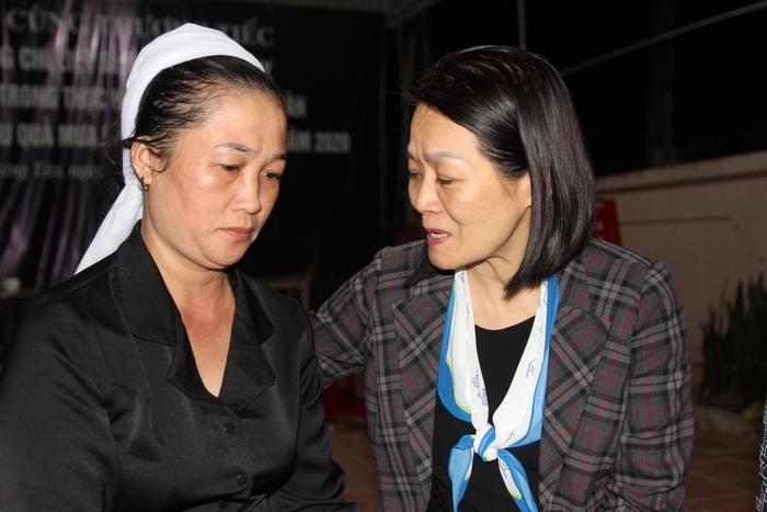 Lãnh đạo Hội LHPN Việt Nam thăm hỏi thân nhân liệt sĩ ở Nghệ An hy sinh khi tham gia cứu nạn - Ảnh 4.