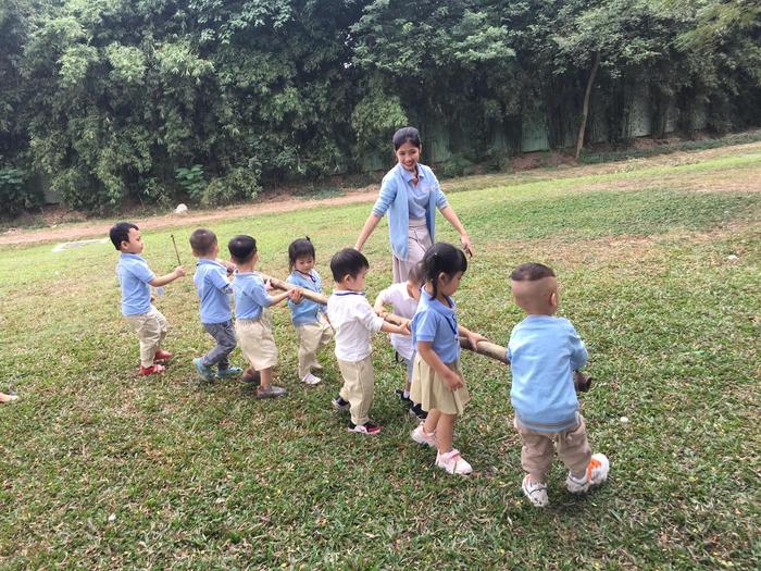 Những bí quyết giúp trẻ không còn thói ghen tỵ, so bì với bạn bè xung quanh - Ảnh 3.