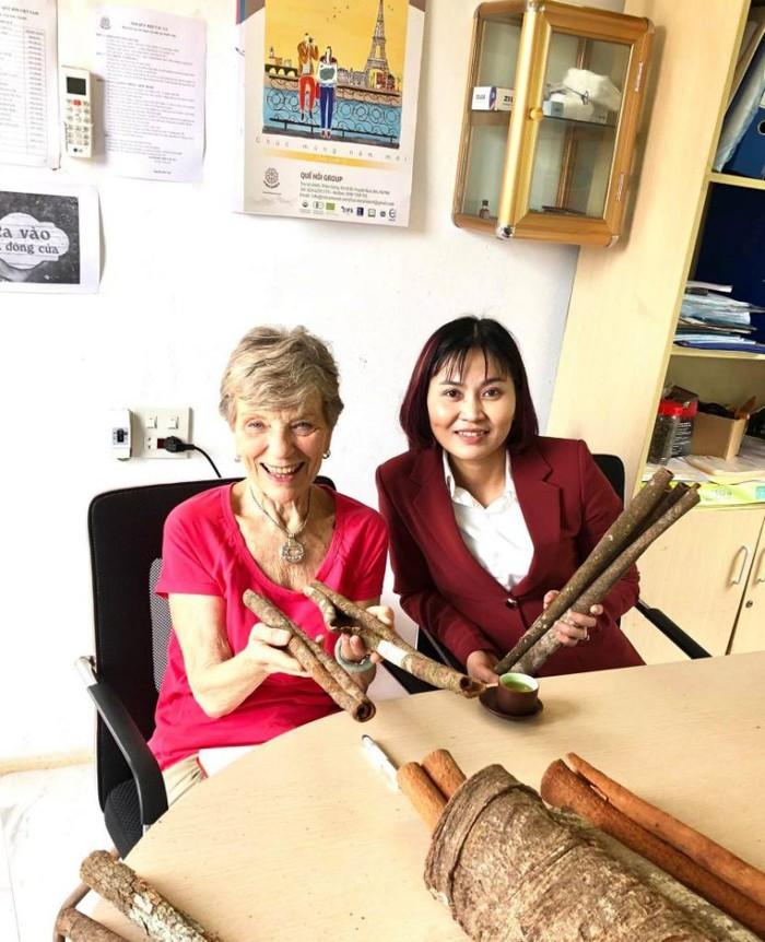 Giúp phụ nữ Lào Cai, Yên Bái làm giàu từ cây quế - Ảnh 1.