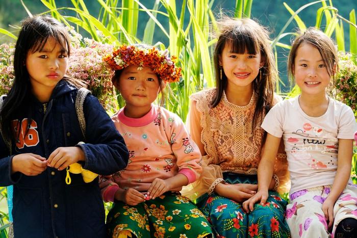 """Những đứa trẻ """"mộc mạc"""" trên Công viên địa chất toàn cầu – Cao nguyên đá Đồng Văn - Ảnh 7."""