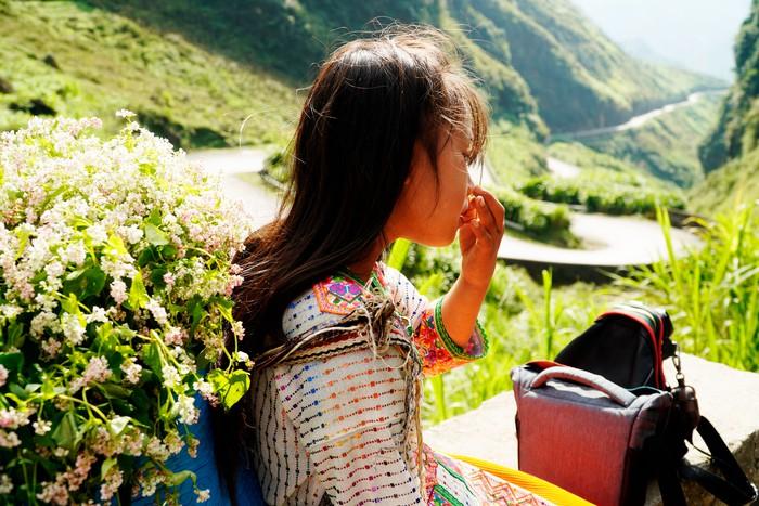 """Những đứa trẻ """"mộc mạc"""" trên Công viên địa chất toàn cầu – Cao nguyên đá Đồng Văn - Ảnh 10."""