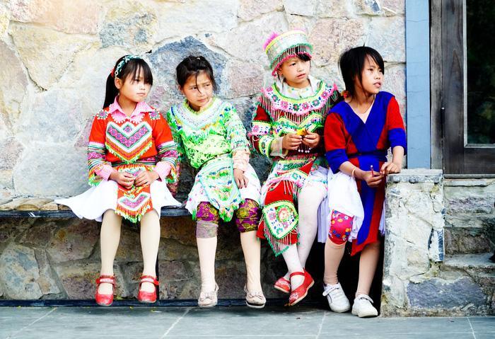 """Những đứa trẻ """"mộc mạc"""" trên Công viên địa chất toàn cầu – Cao nguyên đá Đồng Văn - Ảnh 4."""