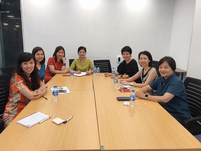 Phụ nữ Việt Nam được chuẩn bị tốt hơn để đảm nhận những vị trí ra quyết định trong doanh nghiệp - Ảnh 1.