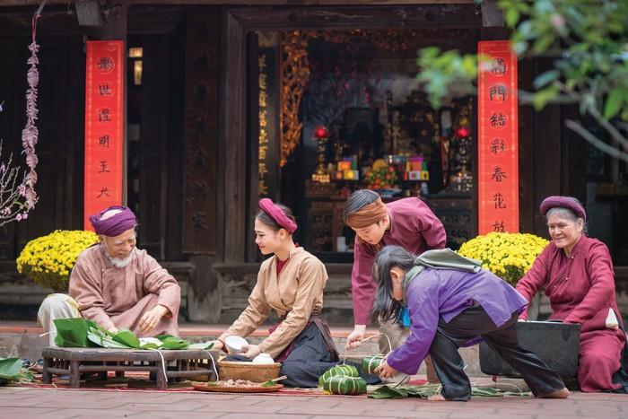 """Truyền thống Á Đông luôn bảo tồn nguyên vẹn những gia đình """"tam đại đồng đường"""""""