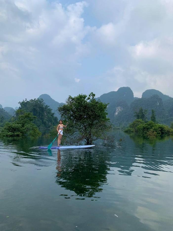 Độc đáo: Tour du lịch vùng nước lũ và thăm bộ lạc bí hiểm nhất thế giới - Ảnh 2.