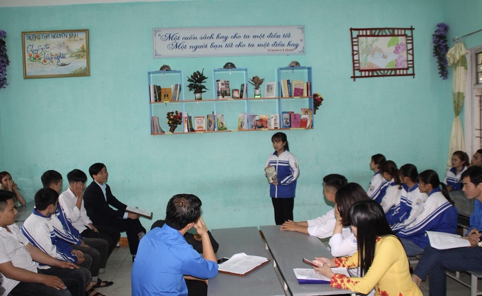 """""""Lớp sạch, lớp đẹp, lớp thân thiện"""" – món quà độc đáo tri ân thầy cô của học sinh trường Nguyễn Bình - Ảnh 1."""
