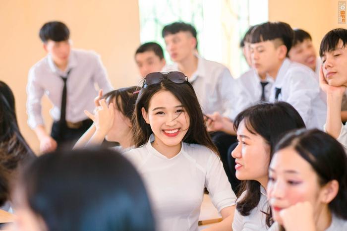 Nhan sắc đời thường trong trẻo của Hoa hậu Việt Nam 2020 Đỗ Thị Hà - Ảnh 3.