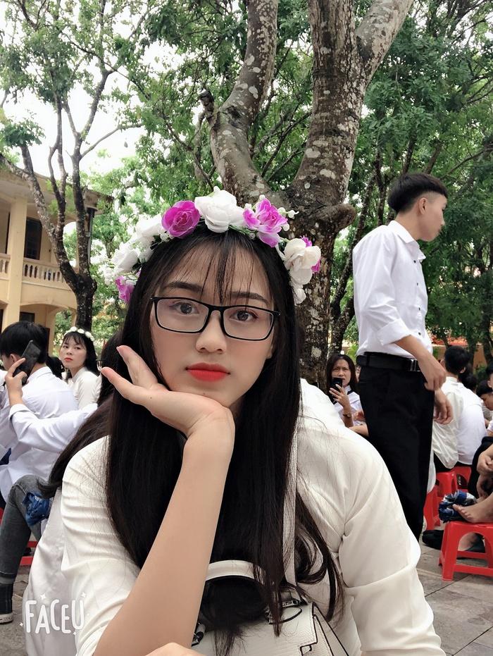 Nhan sắc đời thường trong trẻo của Hoa hậu Việt Nam 2020 Đỗ Thị Hà - Ảnh 2.