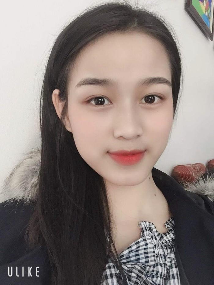 Nhan sắc đời thường trong trẻo của Hoa hậu Việt Nam 2020 Đỗ Thị Hà - Ảnh 4.