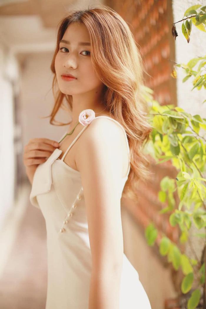 Nhan sắc đời thường trong trẻo của Hoa hậu Việt Nam 2020 Đỗ Thị Hà - Ảnh 7.