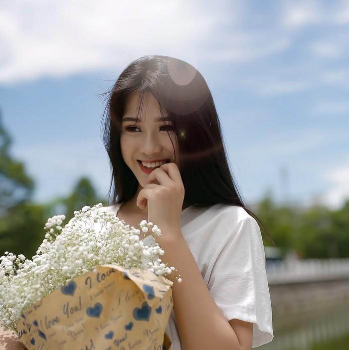 Nhan sắc đời thường trong trẻo của Hoa hậu Việt Nam 2020 Đỗ Thị Hà - Ảnh 9.