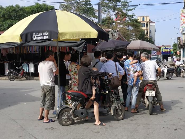 """Anh trai nhân viên quán bánh xèo bị hành hạ ở Bắc Ninh: """"Nhìn em xót lắm nhưng không kể cho gia đình"""" - Ảnh 1."""