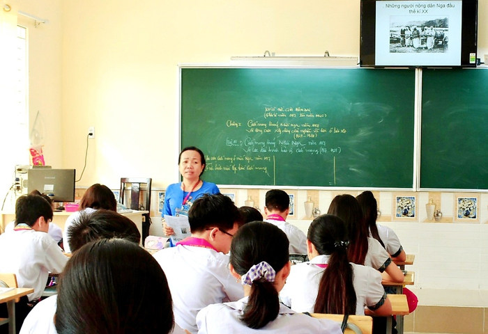 Gặp cô giáo dạy Lịch sử nhận giải thưởng Võ Trường Toản 2020 - Ảnh 1.