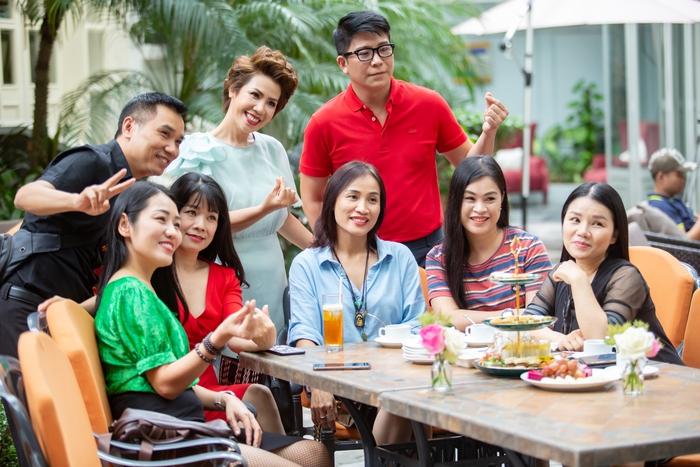 Ca sĩ Hồng Vy cùng những người bạn
