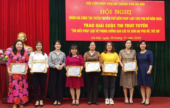 Hà Nội: Duy trì Hội đồng tư vấn pháp luật cho phụ nữ và trẻ em - Ảnh 2.