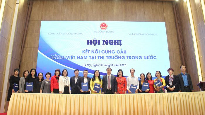 Tăng cường kết nối cung cầu hàng Việt Nam tại thị trường trong nước - Ảnh 2.
