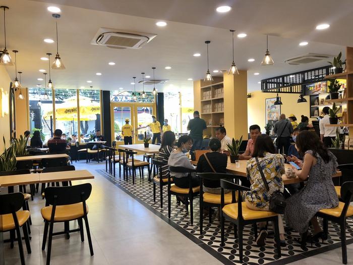6 cầu thủ HAGL trích lợi nhuận kinh doanh cà phê Ông Bầu ủng hộ Miền Trung khắc phục thiệt hại sau bão - Ảnh 3.