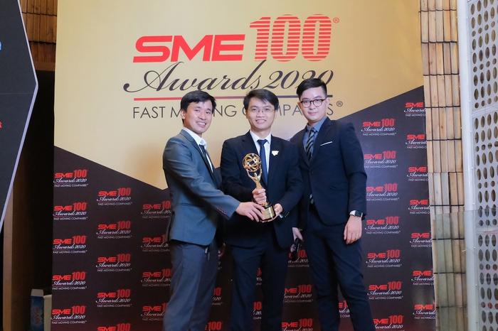 Eteacher được vinh danh top 100 doanh nghiệp vừa và nhỏ xuất sắc châu á 2020 - Ảnh 1.