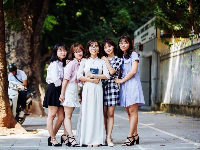 """Thủ khoa đầu ra Đại học Dược Hà Nội năm 2020: """"Gia đình là nguồn động lực tốt nhất!""""  - Ảnh 4."""