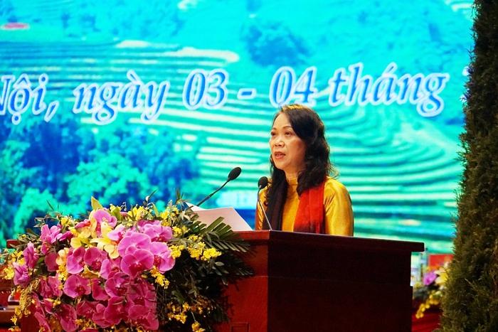 Đại biểu nữ tham gia Đoàn Chủ tịch Đại hội Đại biểu toàn quốc các dân tộc thiểu số Việt Nam lần thứ II chiếm 39,7% - Ảnh 1.