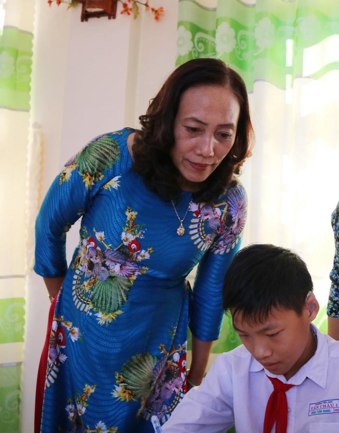 Cô hiệu trưởng tâm huyết với giáo dục hòa nhập cho trẻ khuyết tật  - Ảnh 1.