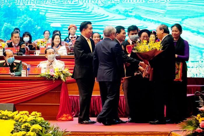 """Thủ tướng Nguyễn Xuân Phúc: """"Đoàn kết dân tộc và nâng cao thực chất đời sống của đồng bào"""" - Ảnh 2."""