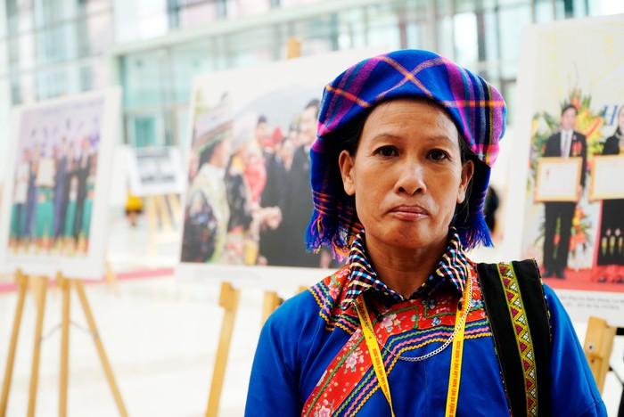 Những nữ đại biểu của dân tộc ít người dạo gót sen, bước khoan thai giữa lòng Hà Nội - Ảnh 5.