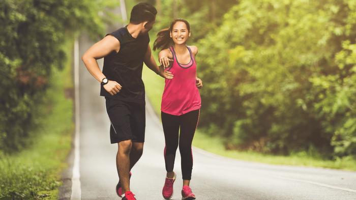 Phụ nữ có nguy cơ tử vong do suy tim, nhồi máu cơ tim cao hơn nam giới - Ảnh 1.