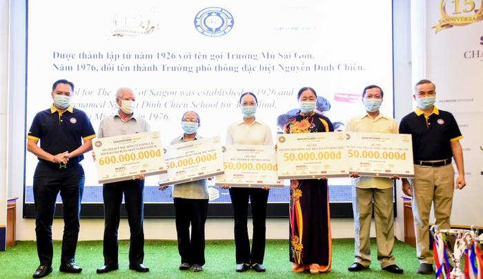 Saigontourist tổ chức giải golf để gây quỹ cho học sinh nghèo hiếu học  - Ảnh 1.