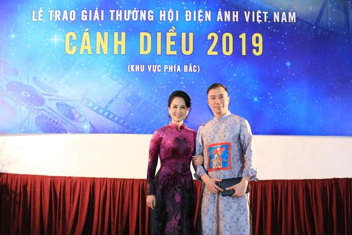 NSND Lan Hương diện áo dài quảng bá di sản Việt Nam - Ảnh 2.
