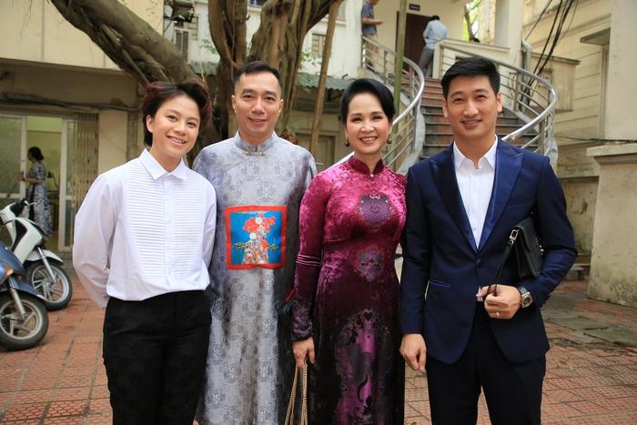 NSND Lan Hương diện áo dài quảng bá di sản Việt Nam - Ảnh 3.