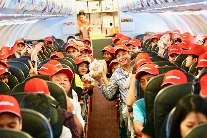 Hàng không tiếp tục đua nhau tung vé từ 0 đồng đến 49.000 đồng/chặng - Ảnh 2.