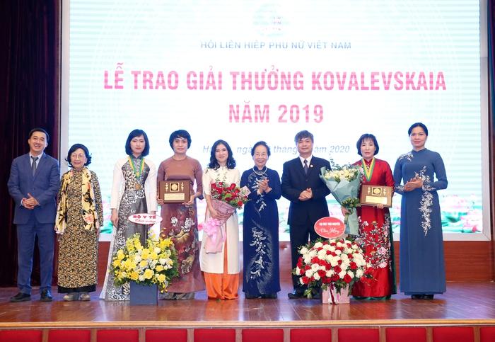 Vinh danh tập thể, cá nhân nữ khoa học nhận giải thưởng Kovalevskaia năm 2019 - Ảnh 2.