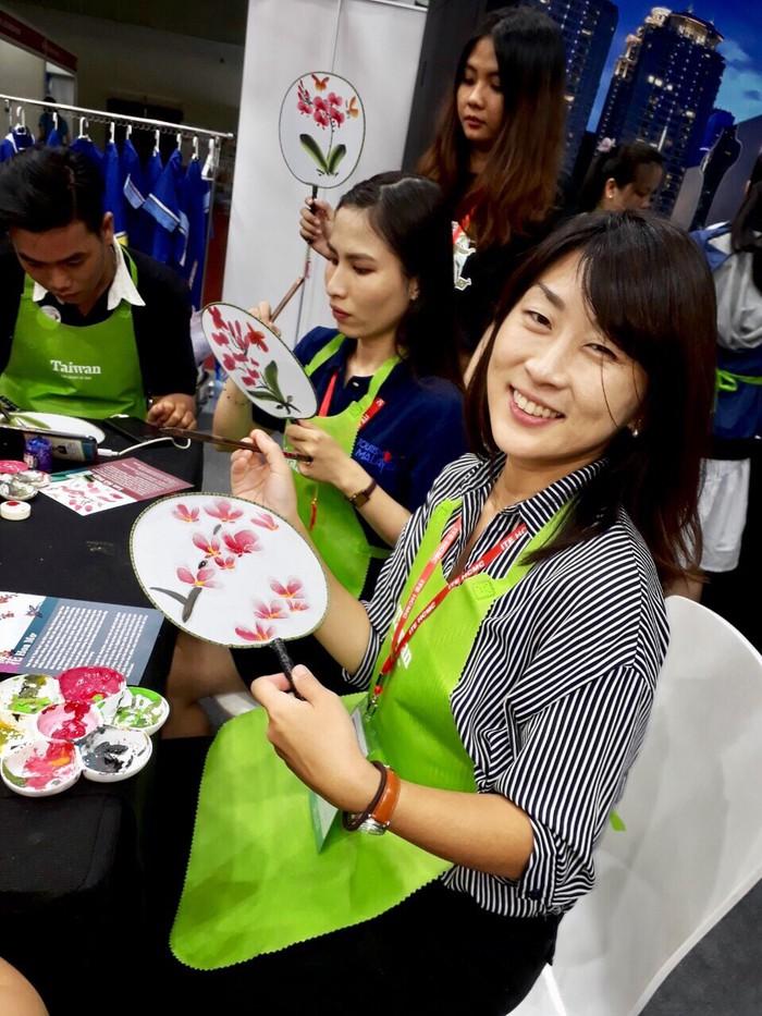 Nữ tình nguyện viên Nhật Bản nặng lòng với du lịch Cần Thơ - Ảnh 4.