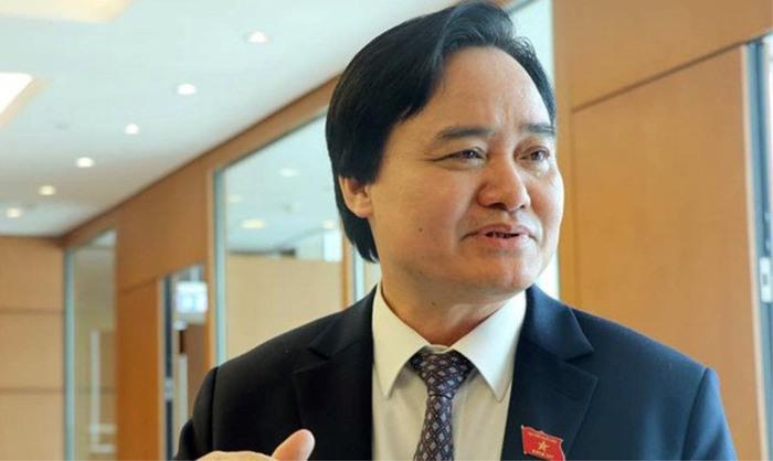 Bộ trưởng GD&ĐT lên tiếng về vụ Chủ tịch Quảng Ninh kiêm hiệu trưởng trường đại học - Ảnh 1.